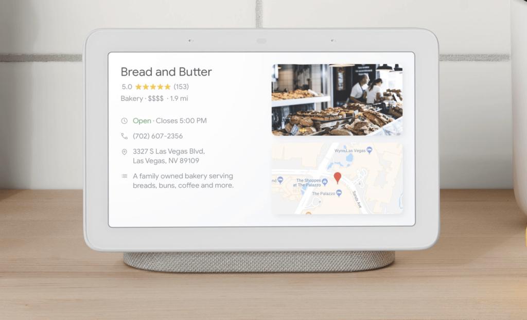 Le Google Nest Hub, sorti en mai 2019, en France, montre bien l'impossibilité de ne se fier qu'au vocal pour permettre à des utilisateurs d'effectuer des actions complexes avec une interface vocale.