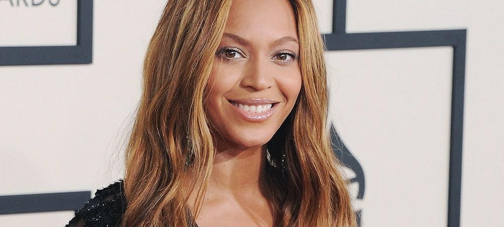 Une femme aveugle affirme ne pas pouvoir utiliser Beyonce.com sans l'aide d'un compagnon voyant.